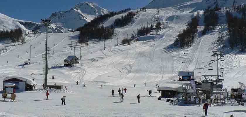 italy_milky_way_ski_area_sestriere_slopes2.jpg